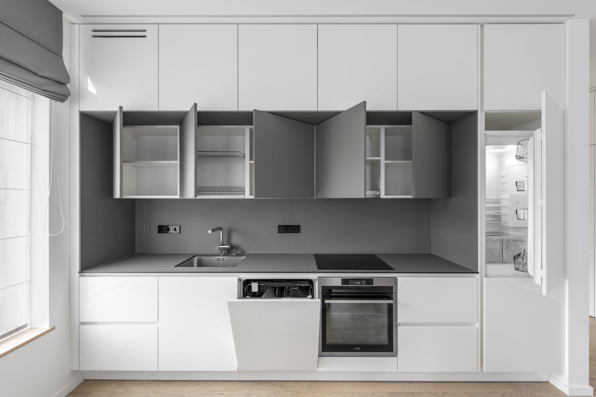 Virtuves baldu komplektas pagal uzsakyma Zveryne